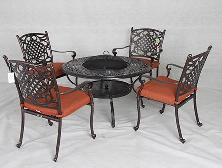 君士坦丁高级铸铝桌椅